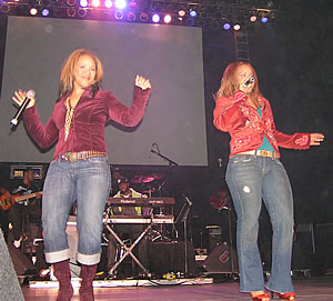 1SBXL-MaryMary.jpg